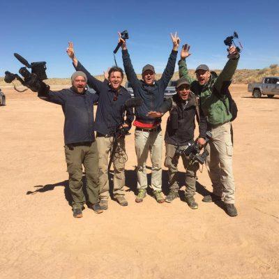 KGMF Crew bei einem Dreh in der Wüste